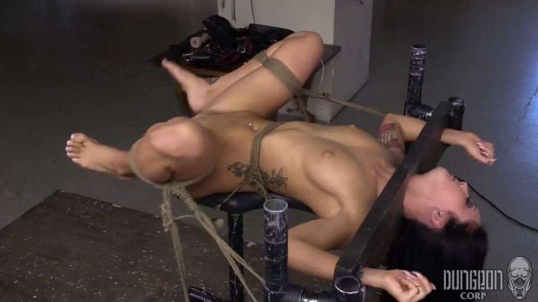 LIFE HARDCORE BDSM - Bruce Venture & Sabrina Banks